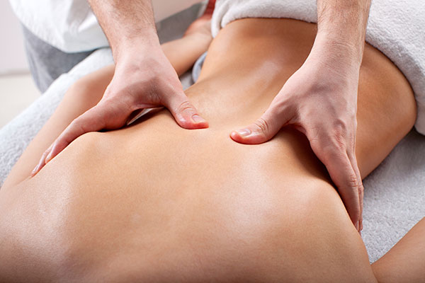 Fibromyalgia article: Coping with Fibromyalgia Back Pain
